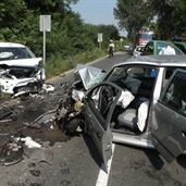 Head on bad accident between skoda and ford