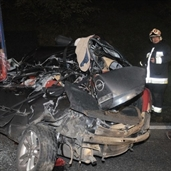 Drunk driver crashed into a 18 wheeler at a high speed and die