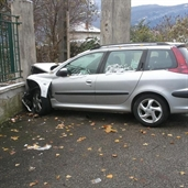Peugeot 206 crashed into a wall in france