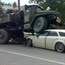 Only in Russia, Dodge Magnum weird accident